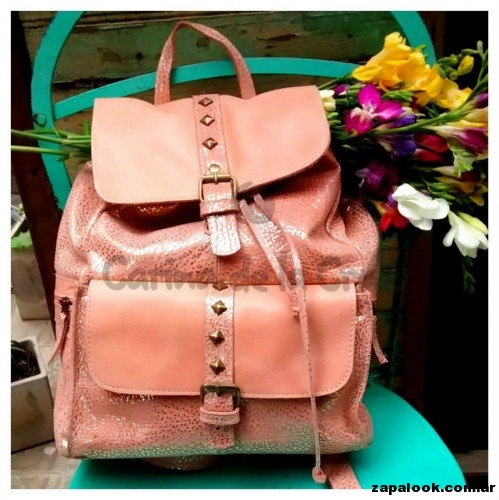 mochila rosa Carina de la Cruz primavera verano 2015