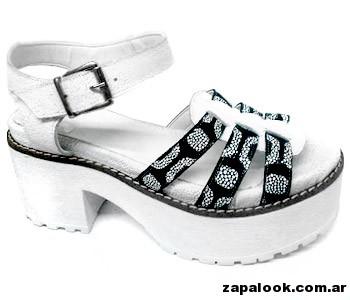 plataforma blanca y negro Traza primavera verano 2015
