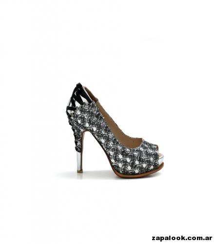 Luciano Marra - Zapatos altos plateados y negro para fiestas 2015