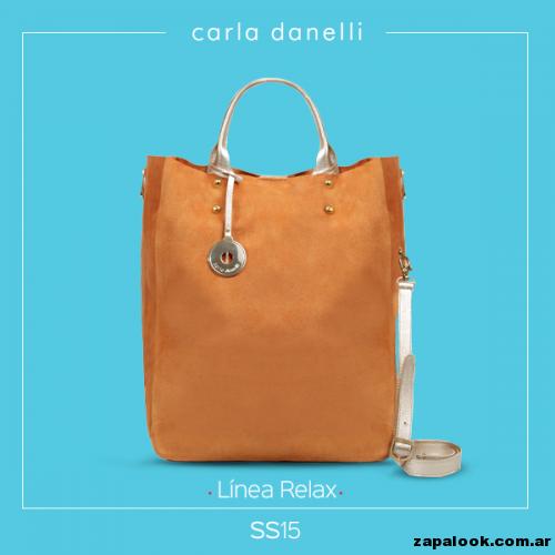 bolso color suela - Carla danelli verano 2015