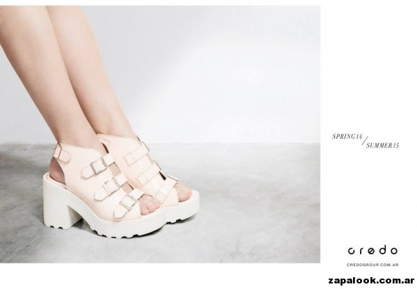 sandalia con hebillas Credo primavera verano 2015