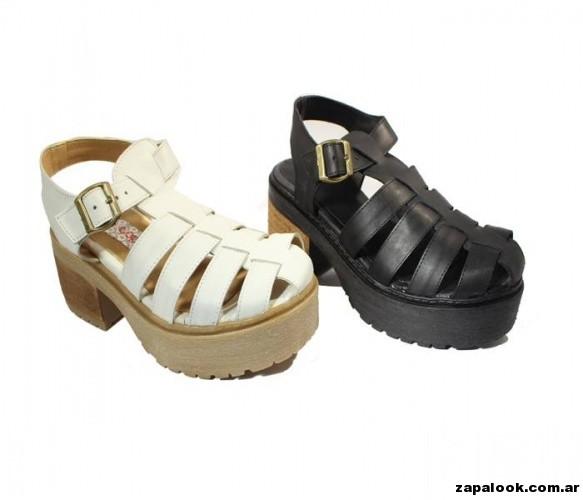 sandalia franciscanas  negras y blancas Tops primavera verano 2015
