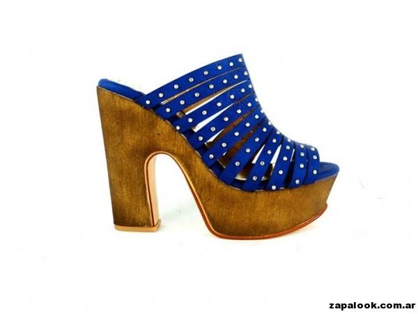 sandalias azules  con plataformas de madera Orange shoes primavera verano 2015