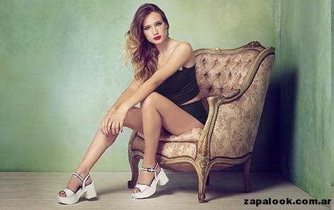 sandalias bajas blanca y dorada - Lady Stork primavera verano 2015