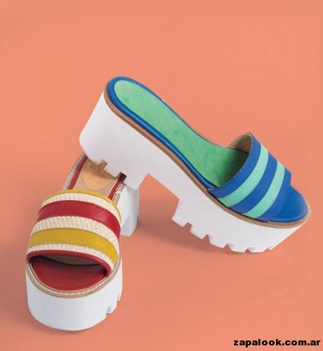 sandalias coloridas CORRE LOLA primavera verano 2015