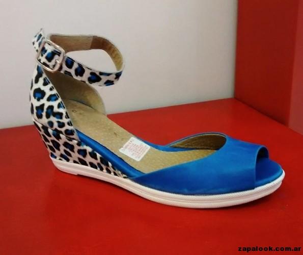 sandalias azules Chiarini verano 2015