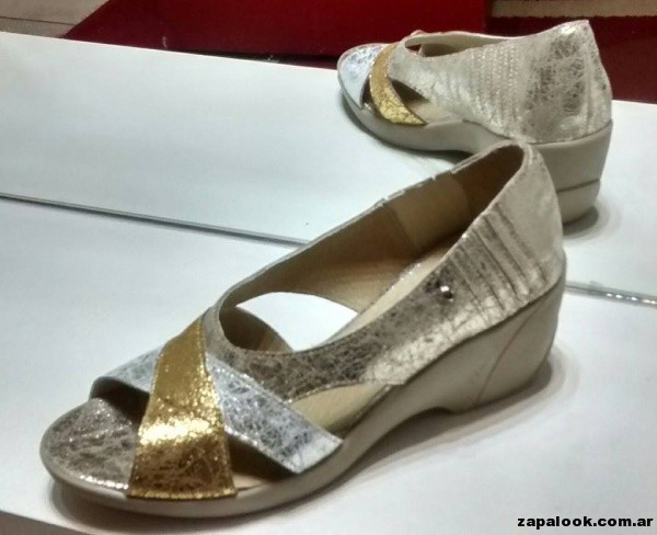 sandalias metalizadas Chiarini verano 2015