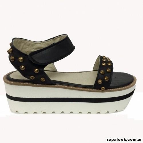 sandalia negra con tachas -  Liotta verano 2015