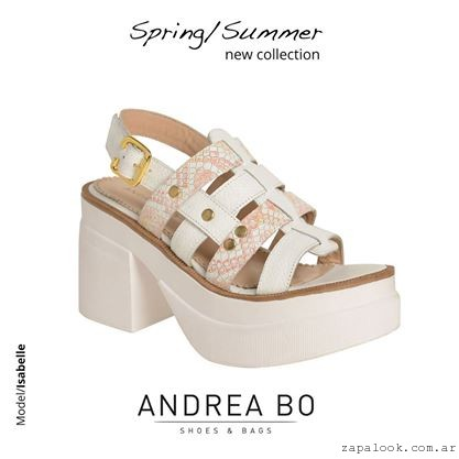 sandalias blancas con plataformas - Andrea Bo verano 2015