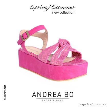 sandalias con plataformas fucsia Andrea Bo verano 2015