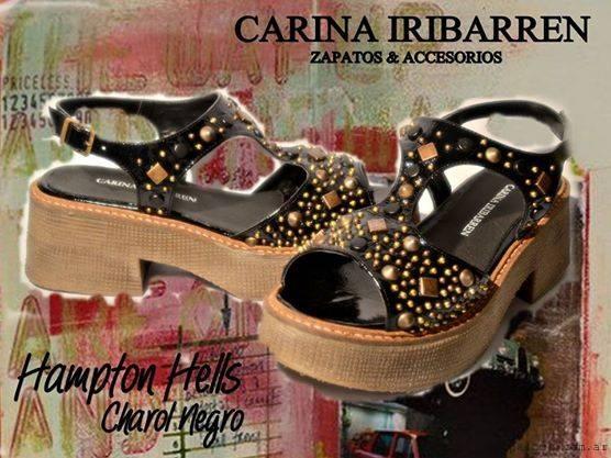 sandalias negras con tachas carina iribarren 2015