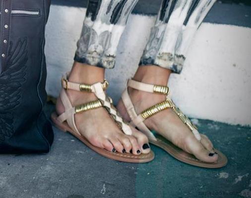 sandalias nude y doradas - Calzado Rapsodia Verano 2015