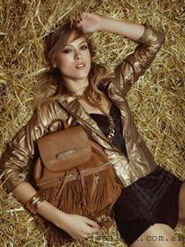 mochila de cuero Carla Danelli invierno 2015
