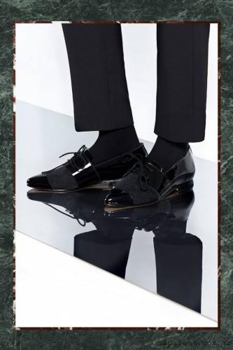 zapatos en punta acordonados Mishka invierno 2015