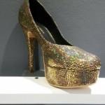 Lujuria – zapatos metalizados para el invierno 2015