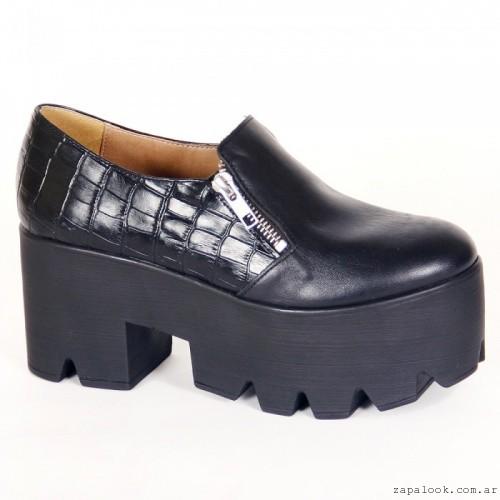 zapato negro con plataforma - Fragola otoño invierno 2015