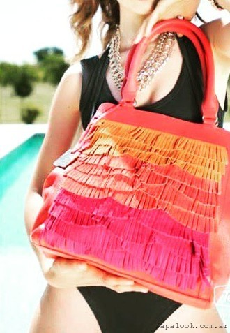 cartera colorida con flecos verano 2016