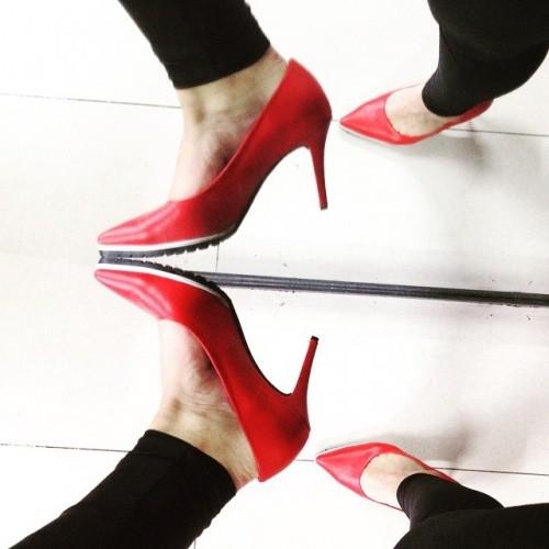 styletto rojo con base antideslizante  verano 2016 - Ferraro calzados