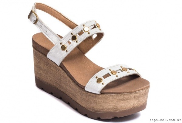 060c47325 sandalias blancas con plataforma madera – Traza primavera verano 2016