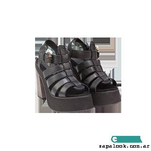 Maggio Rossetto - sandalias negras altas verano 2016