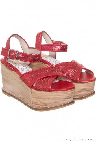 Sofi Martire - sandalias rojas metalizadas verano 2016