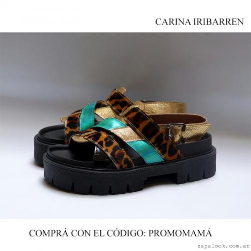 Carina Iribarren - Sandalia animal print y dorado verano 2016