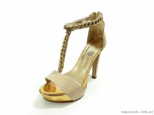 PALOMA CRUZ - sandalias de noche con cadena dorada verano 2016