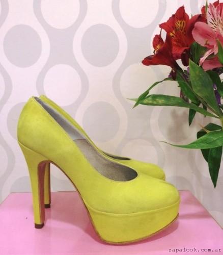 Stilettos amarillos - Gemmes verano 2016
