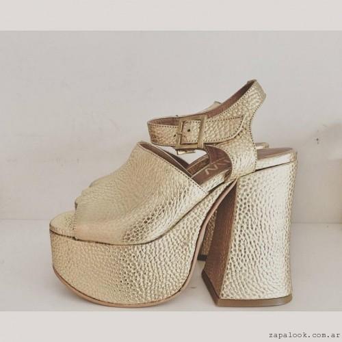 JOW - Sandalias doradas para noche verano 2016