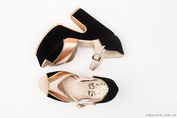 Malala brush - sandalias negras y doradas con plataformas verano 2016