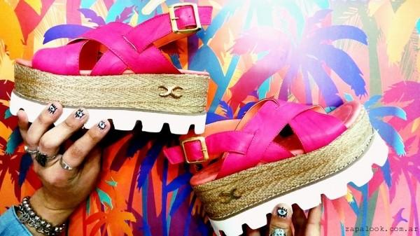 Sandalias fucsia micaela pasos que enamoran verano jpg 600x337 Micaela pasos  mujer zapatos de invierno 80401a0d79a7