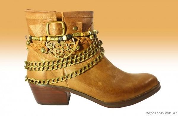 botineta texana con cadenas botinetas Texanas negras invierno 2016 - TOPS calzados