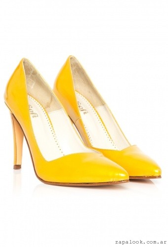 stiletto amarillo invierno 2016 - Sofi Martire