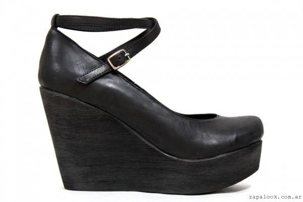 b812f3e6b72e0 zapatillas de mujer taco cuno