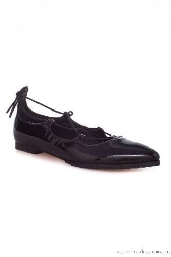 Clona - Ballerinas negras con cordon cruzado invierno 2016