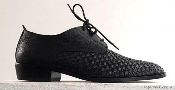 zapato abotinado cuero negro invierno 2016 - GEKKE