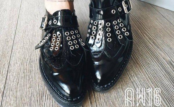 zapato de charol en punta invierno 2016 - L'TAU