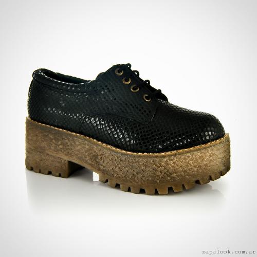 zapatos acordonados con plataformas  invierno 2016 - La Leopolda