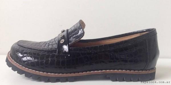 Mocasines negro en crocco cuero jikari invierno 2016