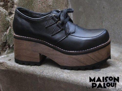 zapatos juveniles con plataformas negras MAISON PALOU invierno 2016