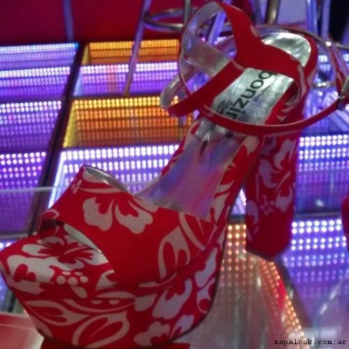 Sandalia floreada  verano 2017 Bonzini Shoes