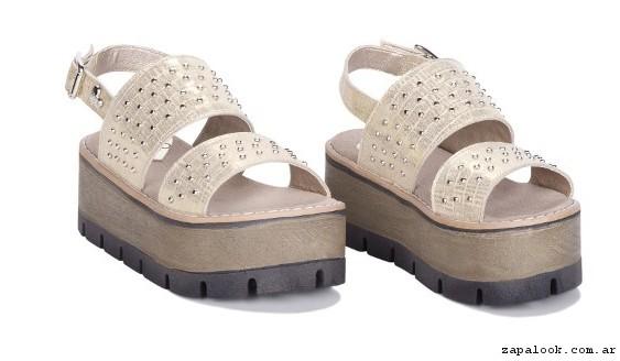 Sandalias con tachas verano 2017 - Viamo