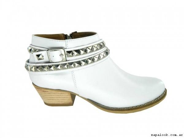 botitas blancas con tachas verano 2017 - Magali Shoes