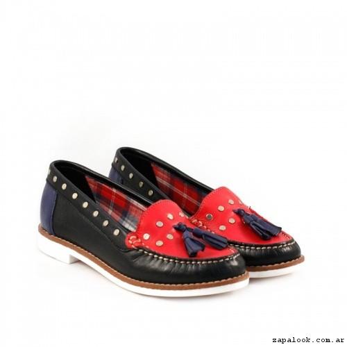 calzado-mocasines-en-negro-combinado