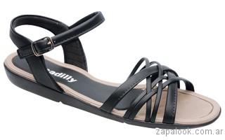 sandalia negra plana piccadilly verano 2017
