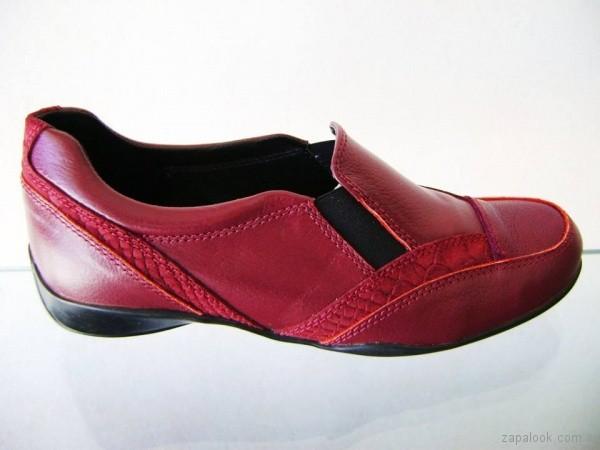 zapatos bordo para señoras invierno 2017 Circle Urbano