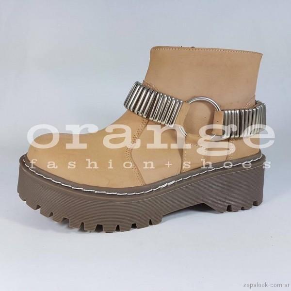 botineta beige - Orange fashion shoes otoño invierno 2017