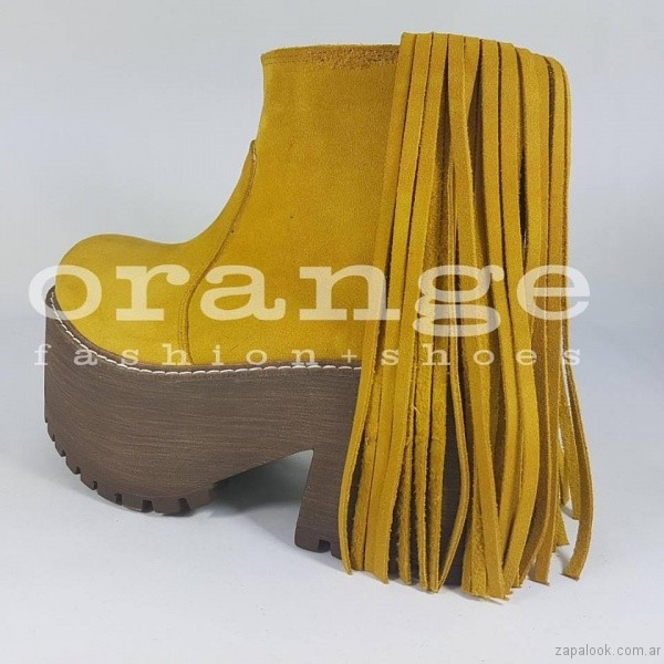 botinetas mostaza - Orange fashion shoes otoño invierno 2017
