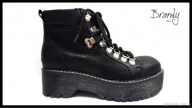borcego croco cuero - zapatos Brandy invierno 2017