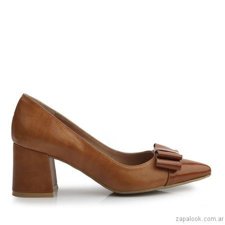 stilettos marrones invierno 2017 - Ferraro calzados